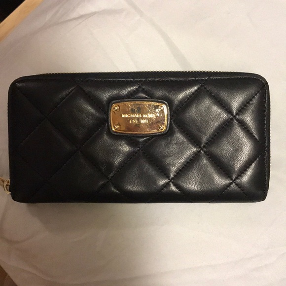 MICHAEL Michael Kors Handbags - Micheal kors wallet